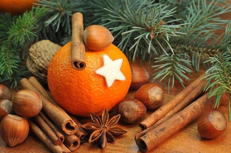 Decorazioni Natalizie Con Frutta Secca.Frutta E Spezie Fai Da Te Per Il Natale Mondofrutta